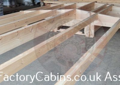 www.factorycabins.co.uk Assembly Teams +37068893563 036