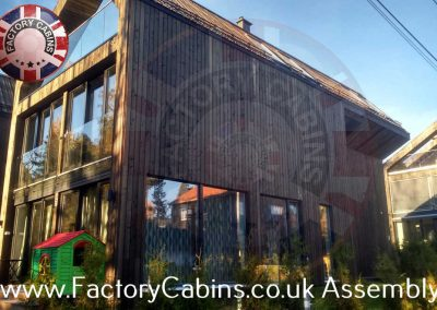 www.factorycabins.co.uk Assembly Teams +37068893563 074