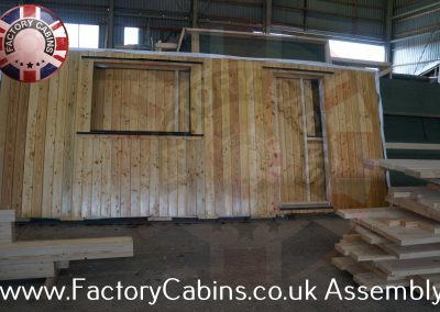 www.factorycabins.co.uk Assembly Teams +37068893563 180